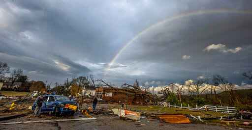 Tornados inflict damage in Alabama town, Florida Panhandle