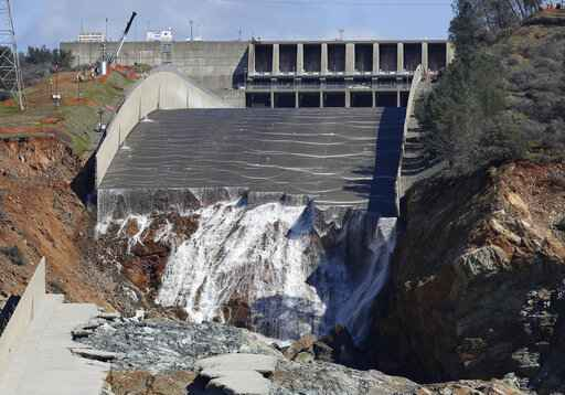 US disaster agency rejects $306M for California dam repair | WHEC com