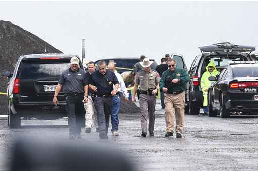 Prosecutor: Border Patrol agent charged with murdering 4