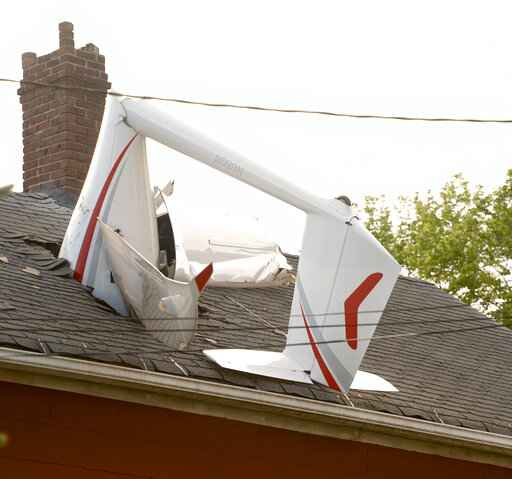 Battery-powered glider crashes into Connecticut home