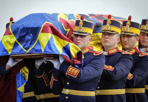 Romania: Applause greets ex-king's coffin at Royal Palace