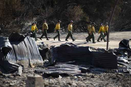 The Latest: 616 buildings burned in S. California fire