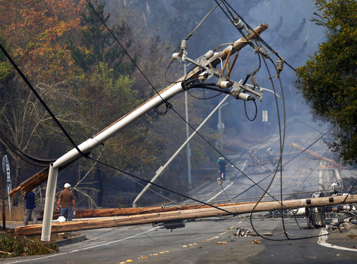 Utilities delayed effort to map power line risk to wildfires