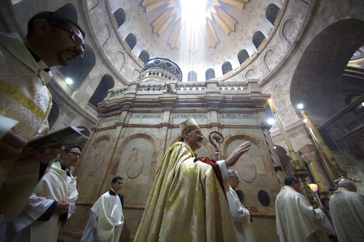 Church of the Holy Sepulcher closes in protest of new policies