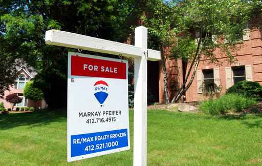 Average US mortgage rates fall; 30-year at 4.53 percent