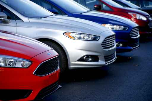 Ford adds 270,000 cars to recall for unintended rollaways