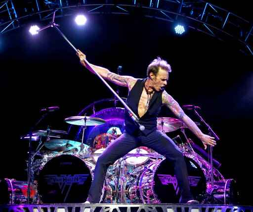 David Lee Roth heading to Las Vegas for series of shows
