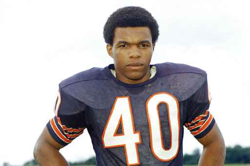 FILE - This is a 1970 file photo showing Chicago Bears football player Gale Sayers. Hall of Famer Gale Sayers, who made his mark as one of the NFL's best all-purpose running backs and was later celebrated for his enduring friendship with a Chicago Bears teammate with cancer, has died. He was 77. Nicknamed
