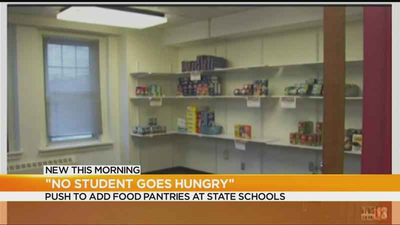 Cuomo proposes food pantries at SUNY and CUNY schools