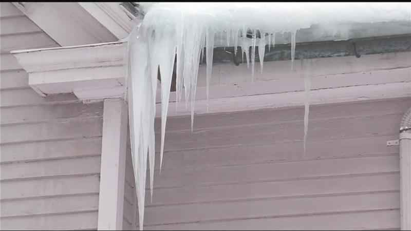 Icicles: Nice looking but pretty dangerous