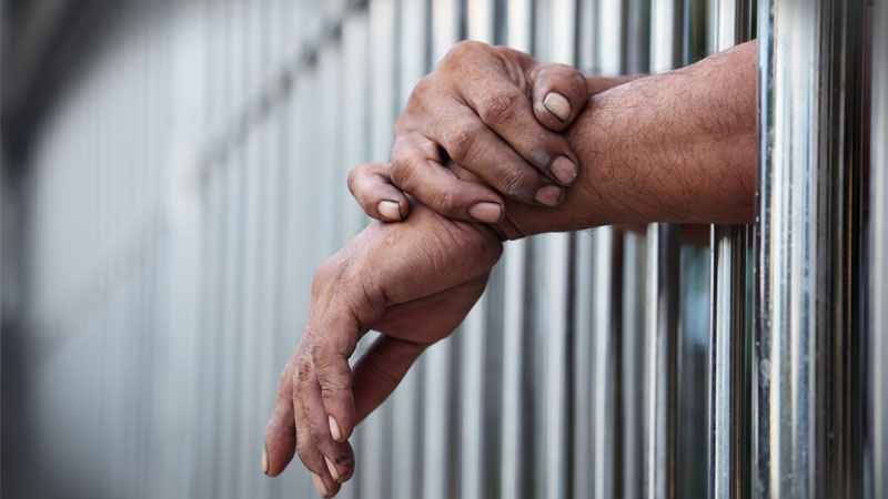 Cuomo puts brakes on program to restrict inmate packages