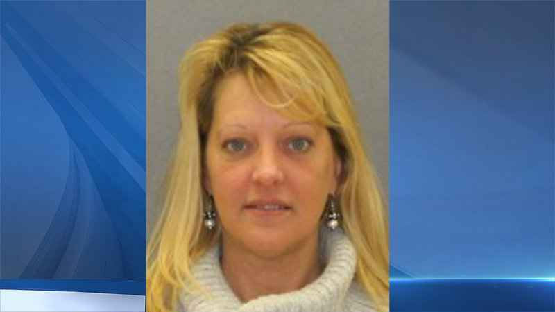 Livingston County woman charged with DWI after driving on tire rim