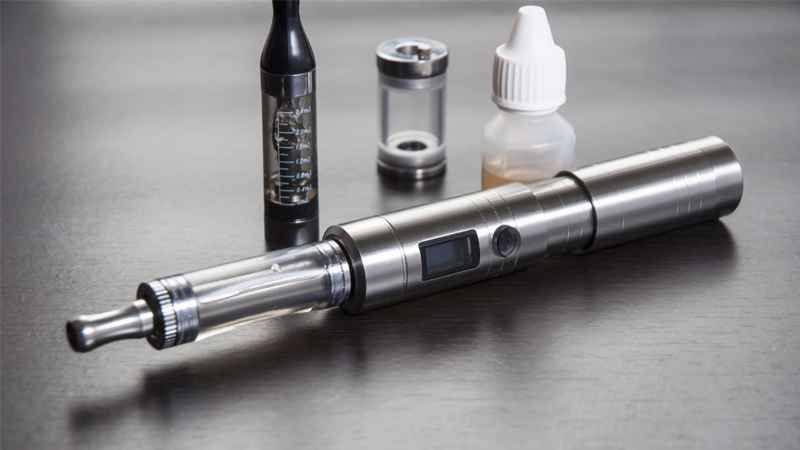 Potentially toxic chemicals were found in e-cigarette vaper