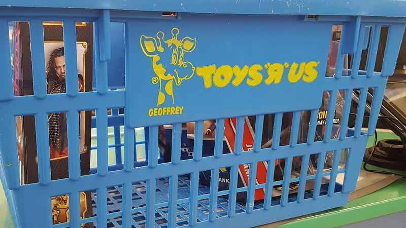 Toys'R'Us sales underway ahead of Bay Area store closures