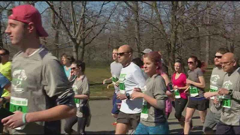 Runners take part in the Rochester River Run in 2016