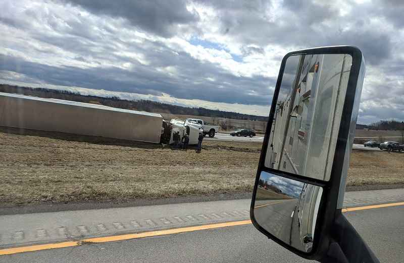 deputies extreme wind causes tractor trailer to flip over on i 390