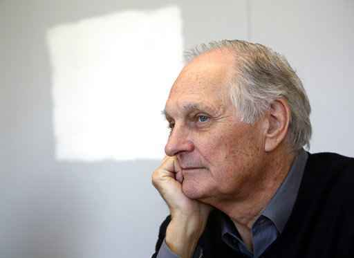 M*A*S*H star Alan Alda reveals he has Parkinson's disease