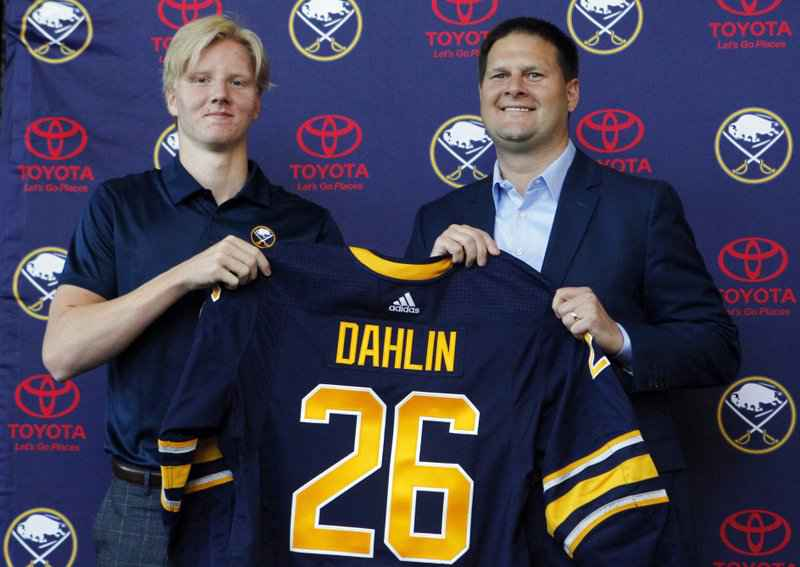 Sabres sign top pick Rasmus Dahlin to entry-level deal