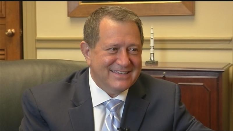 Rep. Joe Morelle takes oath of office in Washington