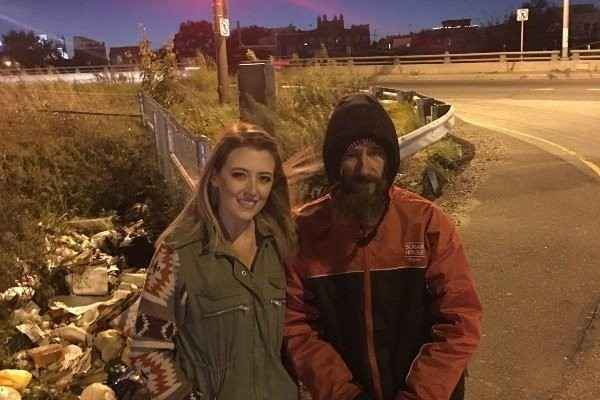 Homeless vet, couple in viral campaign faked story
