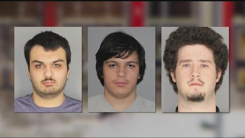 Four charged with planning attack on Muslims in NY