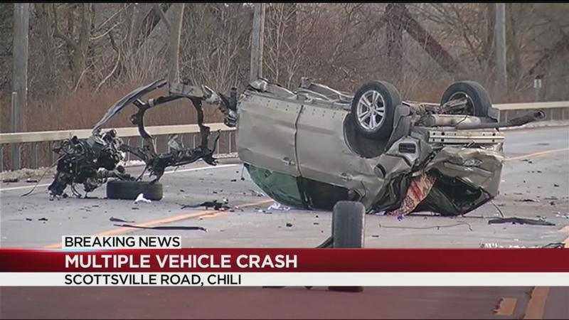 Part of Scottsville Road closed after serious 3-car crash