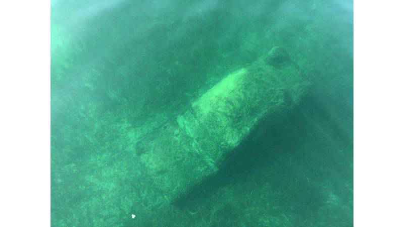 Vehicle from the '50s or '60s found in Canandaigua Lake