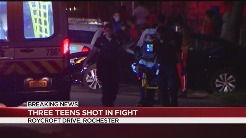 UPDATE: 3 teens shot on Roycroft Drive