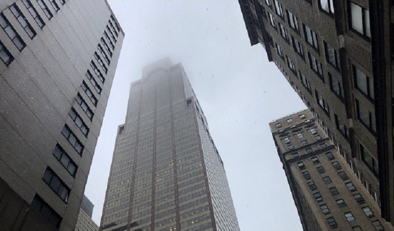 Helicopter crashes on high-rise building in New York City