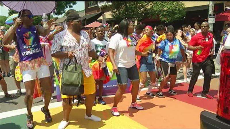 Community shows up for Pride Parade despite intense heat