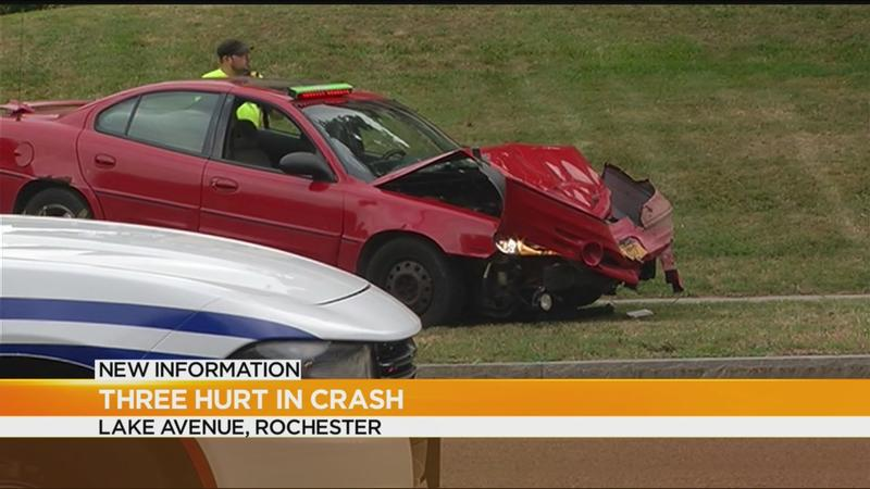 Crews respond to multi-car crash on Rochester's northwest side