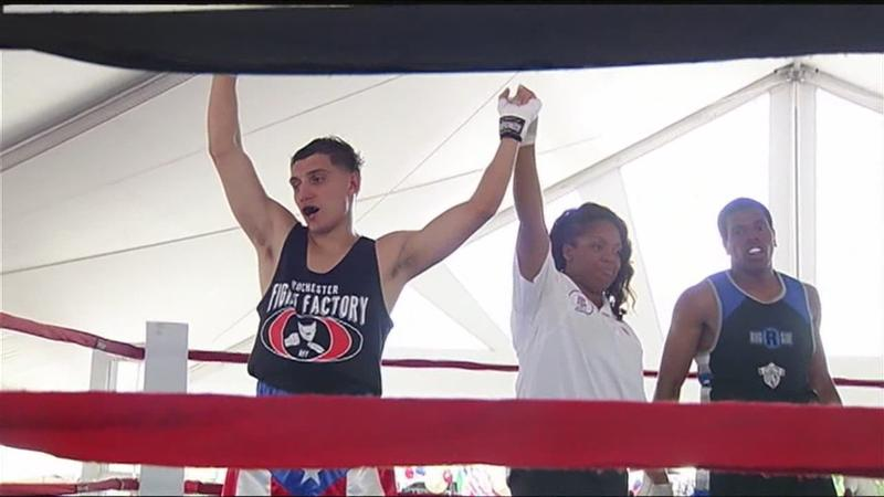 Festival fights: Boxing matches held at Puerto Rican Festival