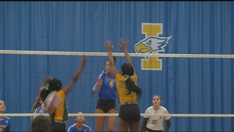 Irondequoit triumphs in senior night of volleyball