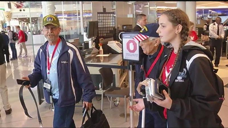 Local students and WWII veterans pair up for trip to National WWII Museum