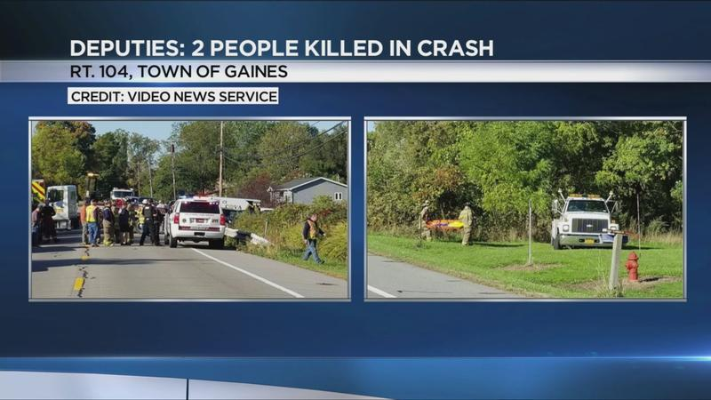 2 dead after car crashes into Orleans County creek