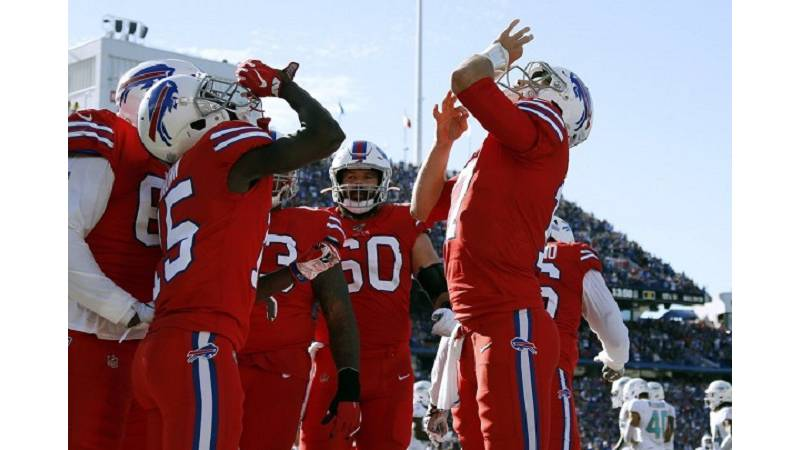 Bills defense delivers in 31-21 victory over winless Dolphins