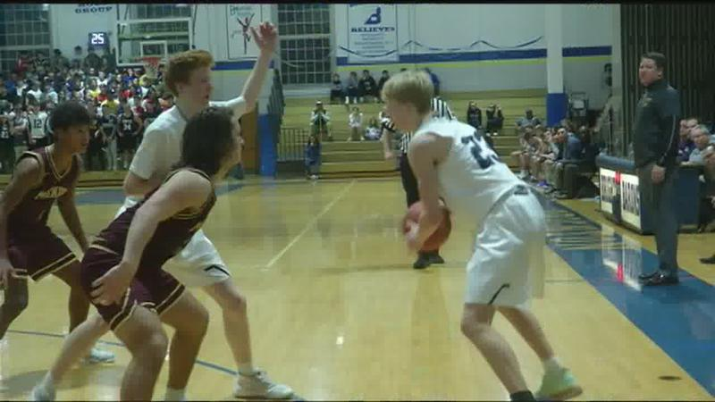 Mendon edges out Brighton in boys basketball