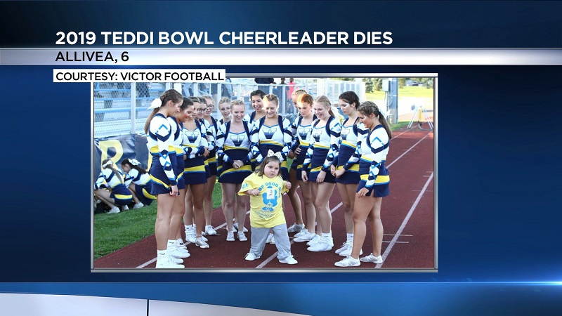 Teddi Bowl cheerleader dies