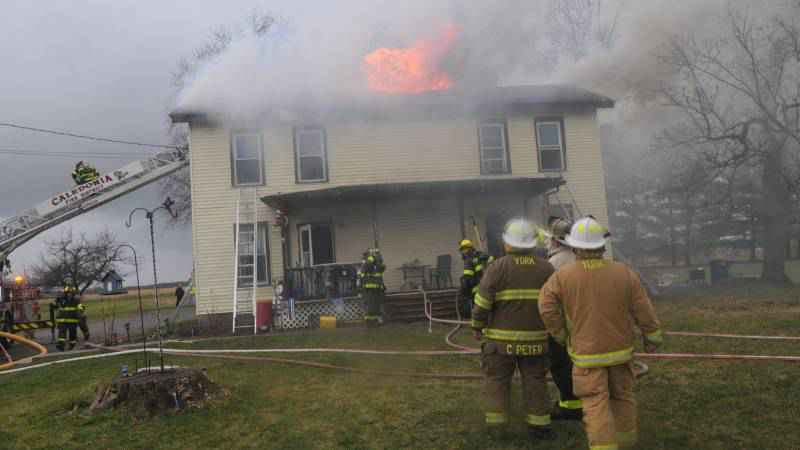 Firefighters battle structure fire in Livingston County on Sunday