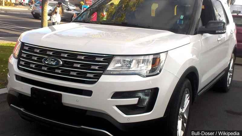 Ford recalling 600K Explorer SUVs over reported roof cover detachments