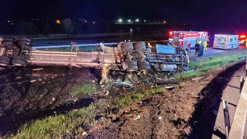1 dead, 1 injured in tractor-trailer accident on I-90