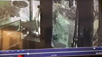 Video shows looting of family-run Lyell Avenue jewelry store: 'They took everything'